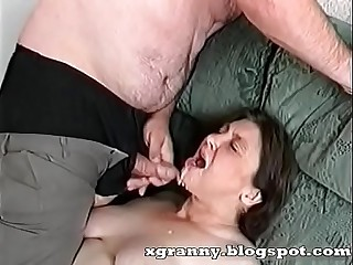 Cumshot on the granny'_s mouth