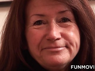 German Granny gets a fat dildo