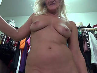 American older mom mary with awesome body