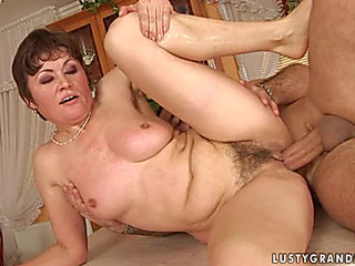 Older Wench Malinda Has Some Nasty Banging In The Kitchen