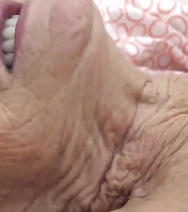 ugly 90 years old granny deep fucked