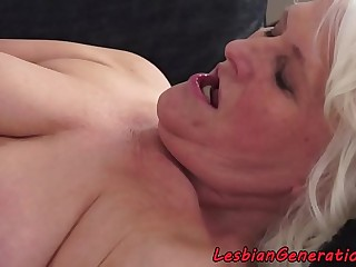 Hairy granny pussylicked by amateur beauty