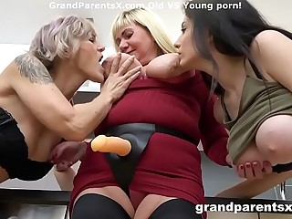 Chesty babe fucked with strapon by stepmom and buddy