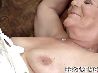 European grandma eating youthfull lesbo beaver and ass