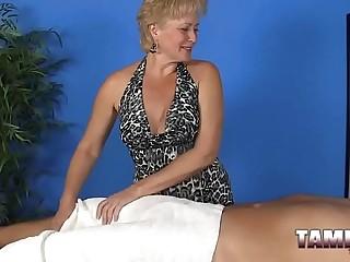 Mature masseur gives amazing handjob