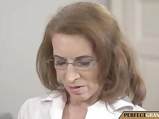 the psychiatrist granny
